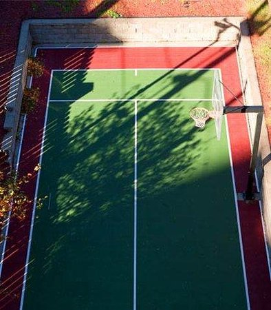 Residence Inn Kansas City Country Club Plaza: Sports Court