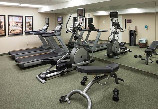 Residence Inn Kansas City Country Club Plaza: Fitness Center
