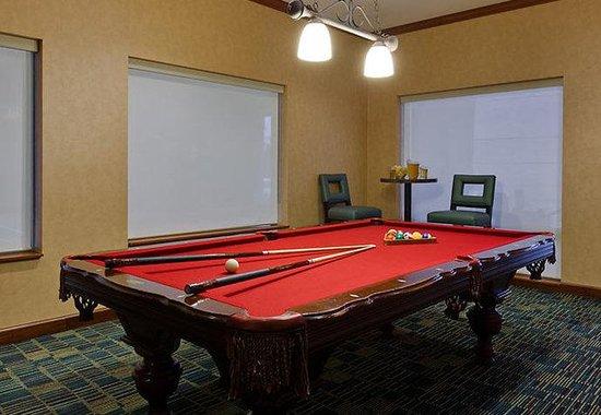 Residence Inn Chicago Naperville / Warrenville: Billiards Room