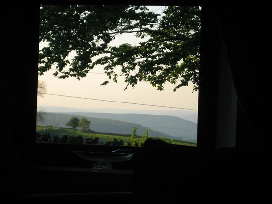 Blakelow Farm Holiday Cottages: View from Christmas Cottage Sitting Room