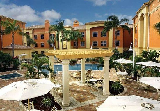 Residence Inn by Marriott Naples: Pool Patio