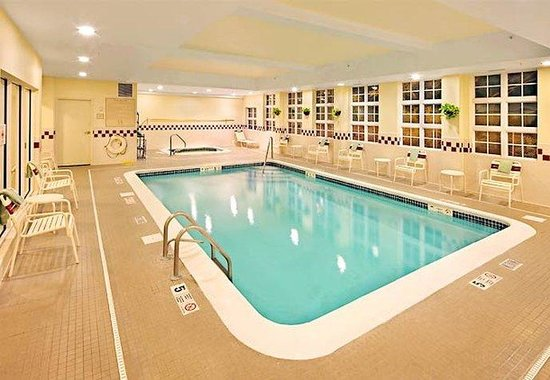 Danbury, CT: Indoor Pool