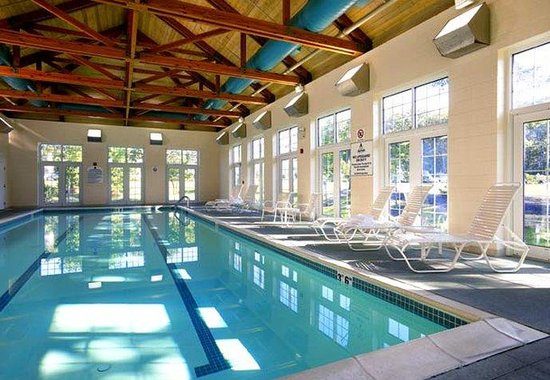 Absecon, NJ: Indoor Pool