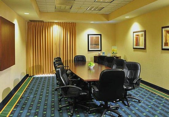 Linthicum Heights, MD: Boardroom