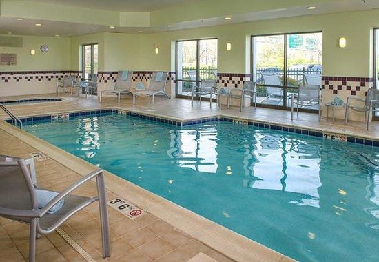 SpringHill Suites Richmond Virginia Center: Indoor Pool