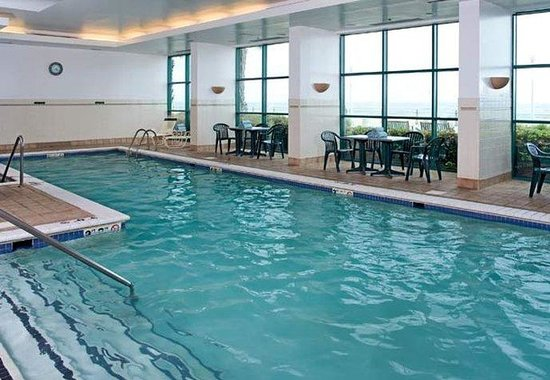Courtyard by Marriott Virginia Beach Oceanfront / South: Indoor Pool