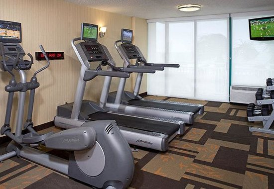 Courtyard by Marriott Virginia Beach Oceanfront / South: Fitness Center