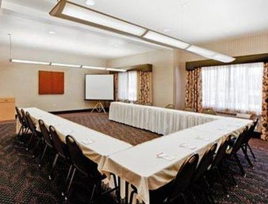 Hawthorn Suites by Wyndham Livermore: Meeting Room