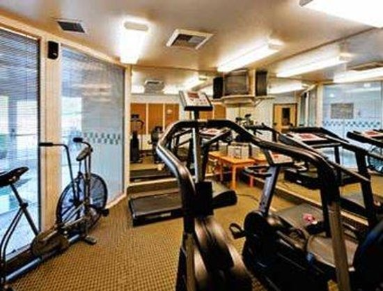 Hawthorn Suites by Wyndham Livermore: Fitness Center