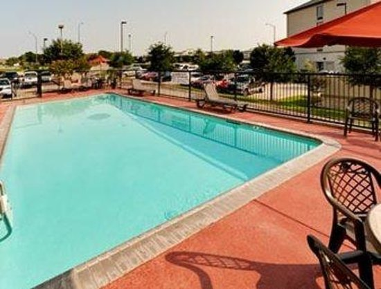College Station, TX : Pool