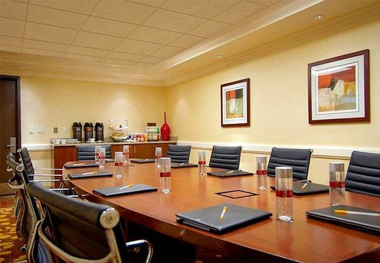 Courtyard by Marriott Chevy Chase: Boardroom
