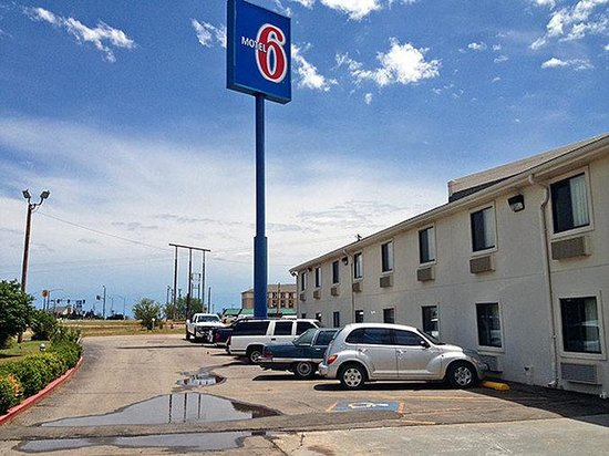 Motel 6 Elk City