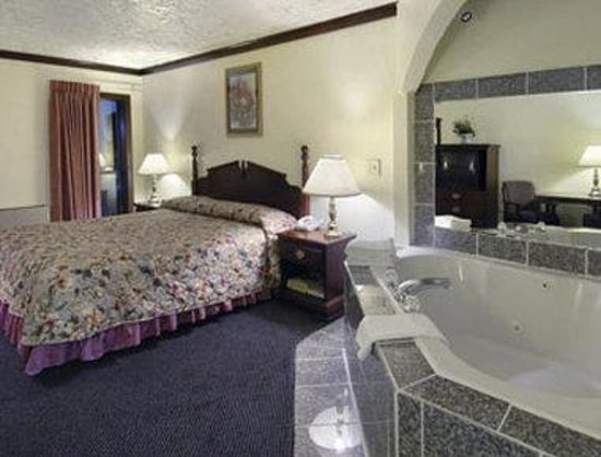 Norman, OK: Jacuzzi Single Room