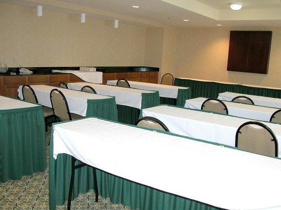 Staybridge Suites New Orleans: Meeting Room