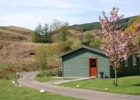 Cologin Country Chalets and Lodges