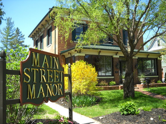 Main Street Manor of Delavan