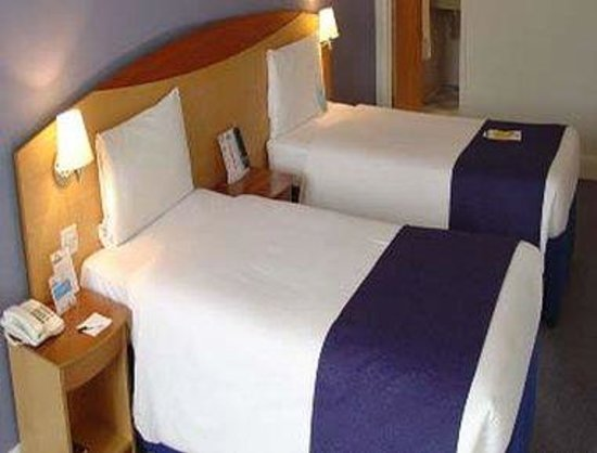 Days Inn London Waterloo: Twin Guest Room