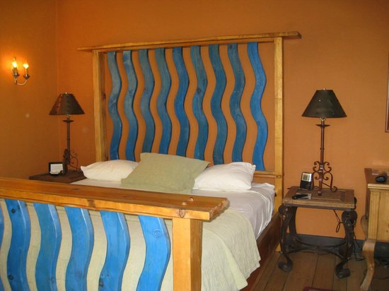 Winslow, AZ: Bed in the manager's suite