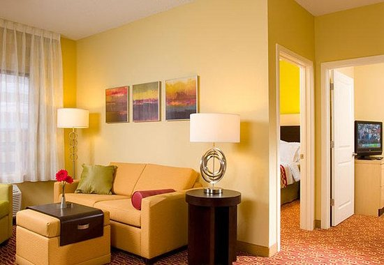 TownePlace Suites by Marriott Harrisburg Hershey: Two-Bedroom Suite