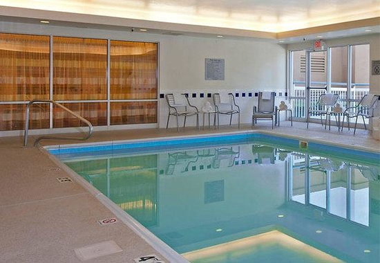 Naperville, IL : Indoor Pool