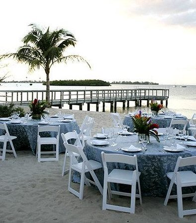 Key West Marriott Beachside Hotel: Beachside Wedding Banquet