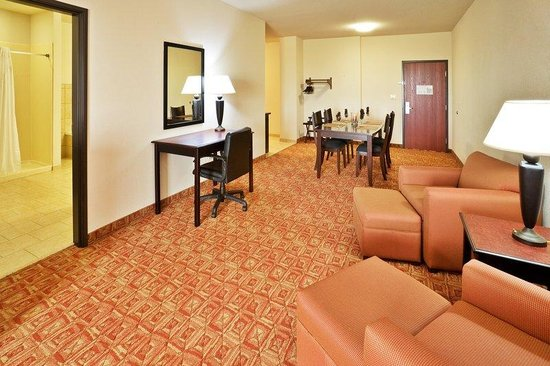 Denison, TX: Presidential Suite