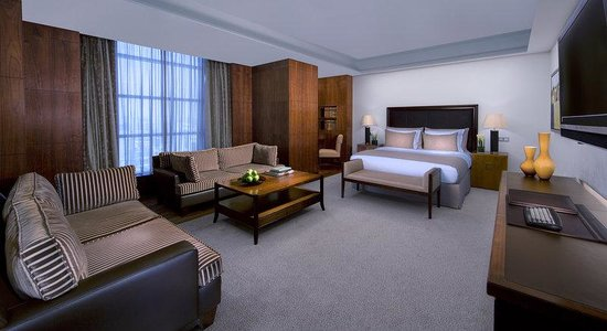 La Cigale Hotel: Business Suite