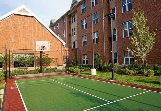 Residence Inn by Marriott Franklin Cool Springs: Sport Court