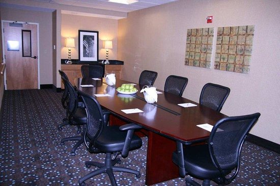 North Canton, OH: Boardroom