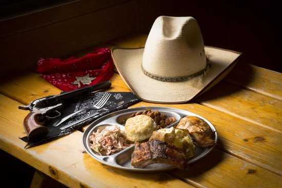 Cottonwood, AZ: The Meal at the Blazin' M Ranch