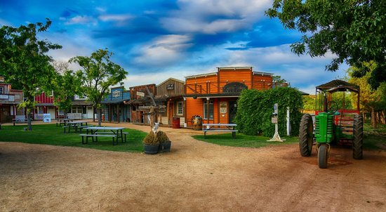 Cottonwood, AZ: Our Mini Old West Town