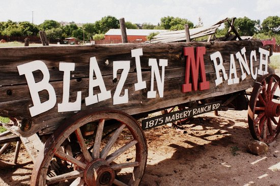 Cottonwood, AZ: The Blazin' M Wagon