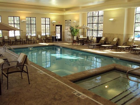 Carmel, IN: Indoor Pool and Spa.