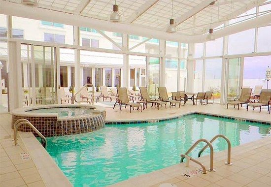 Courtyard by Marriott Ocean City: Indoor Pool