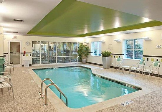 Exeter, NH: Indoor Pool