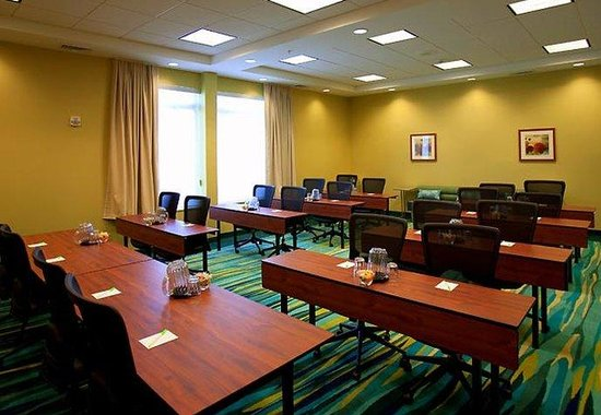 SpringHill Suites by Marriott Tampa North / Tampa Palms: Buccaneer Meeting Room