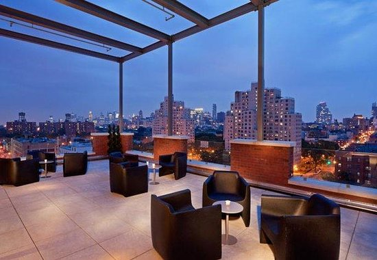 Fairfield Inn & Suites New York Brooklyn: Rooftop Lounge