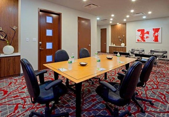 Fairfield Inn & Suites New York Brooklyn: Meeting Space