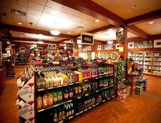 Burnaby, Canada: In-House Liquor Store