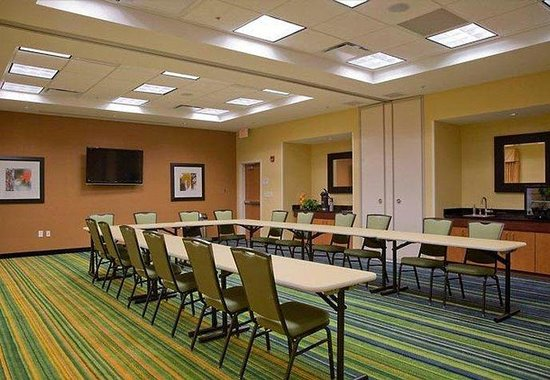 Fairfield Inn & Suites Montgomery EastChase: EastChase Meeting Room