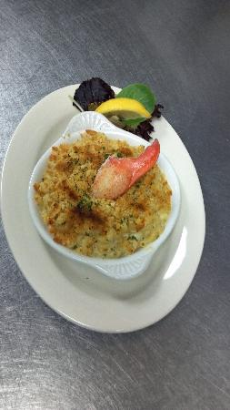 Stonington, ME: Lobster Mac & Cheese...YUM