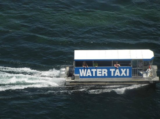 Edgewater Hotel & Casino: Water taxi that takes you to other casinos