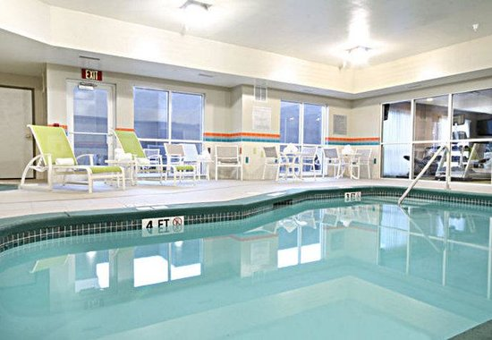Fairfield Inn & Suites Amarillo Airport: Indoor Pool and Whirlpool