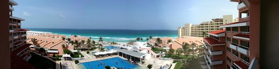 Omni Cancun Hotel & Villas: Omni panorama by Doug Parker