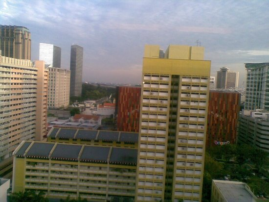 Ibis Singapore on Bencoolen: view from Top floor