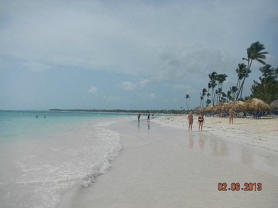 Iberostar Grand Bavaro Hotel: close to the beach