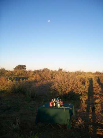Auas Game Lodge: Sundowners in the bush