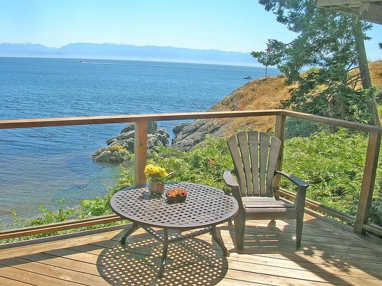 Sooke, Kanada: The Snug Bedroom Deck