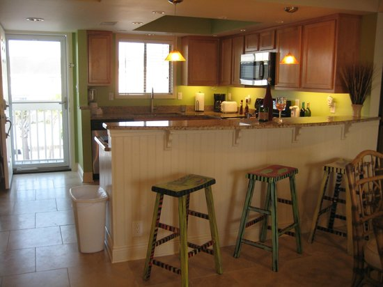 Sandpiper Cove: Unit 2128 - Another kitchen view...