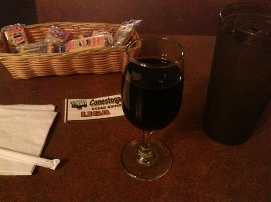 Dothan, AL: Glass -wine.  Liked the note that gave you the server's name